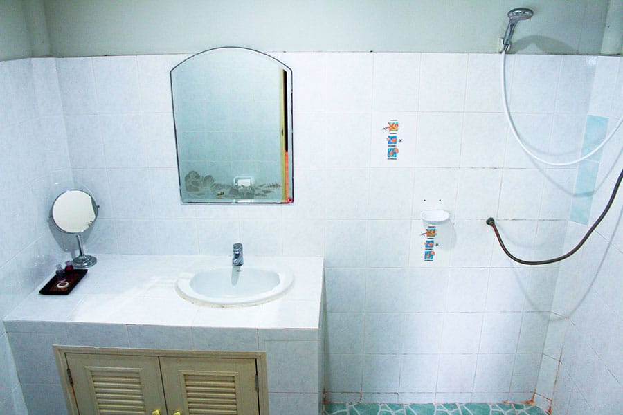 bathroom-koh-phangan
