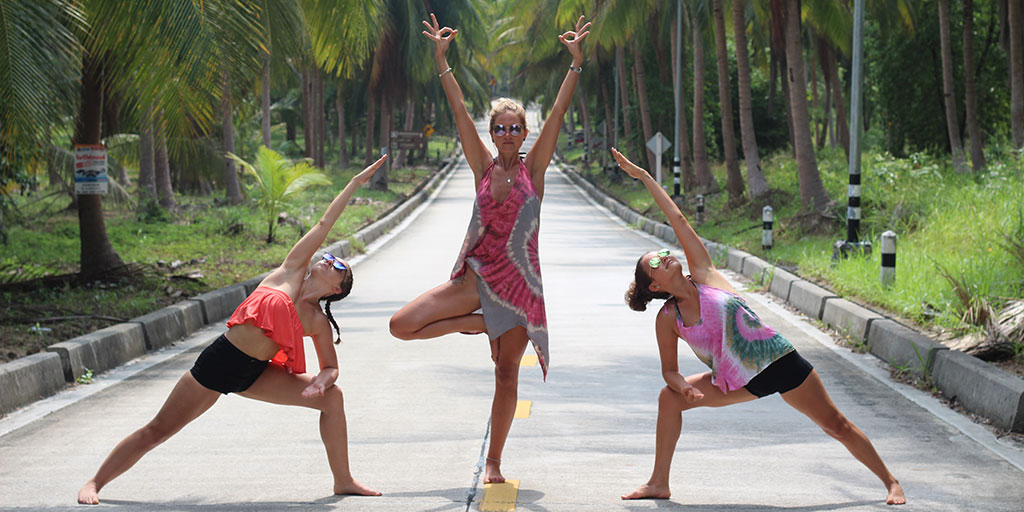Yoga-on-Tropical-Island.jpg
